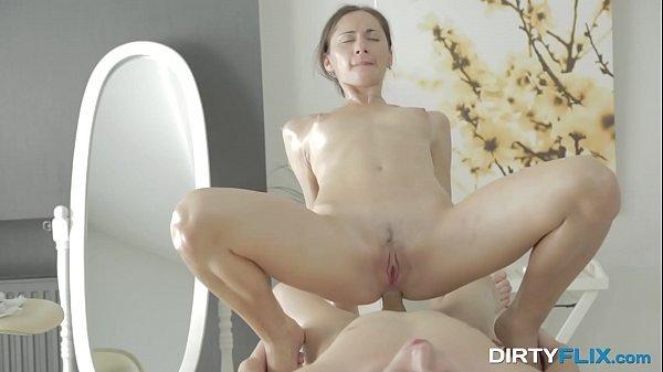 Beautifule Euro Aruna Aghora oil massage anal fuck
